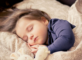 Barn som sover lungt